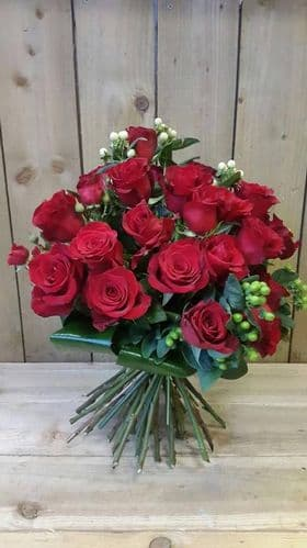 24 Red Rose Aqua (in water) FREE LOCAL DELIVERY