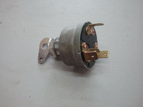 9155/73 Turfmaster IGNITION SWITCH D080