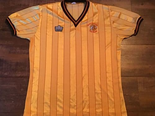 Global Classic Football Shirts | 1984 Hull City Vintage Old Soccer Jerseys