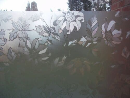 1M X 67.5CM WIDE FROSTED GLASS FLOWER PRIVACY SCREEN STICKY BACK PLASTIC VINYL FILM